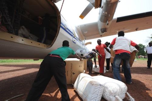 Les dons humanitiares et la logistique