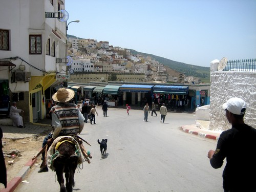Aide humanitaire au Maroc