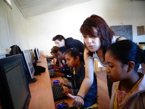 Missions humanitaires pour jeunes 100% gratuites
