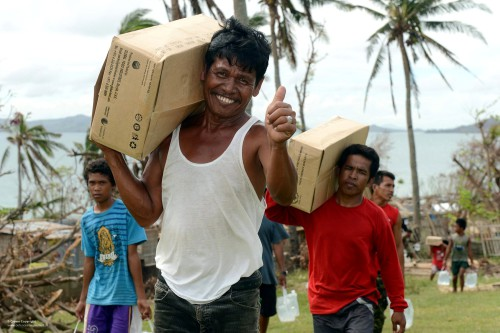 Bénévole en mission humanitaire sur le terrain