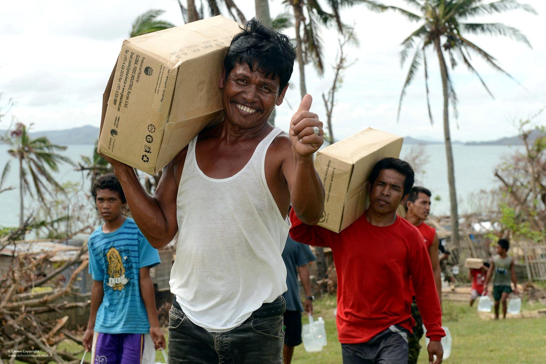 """Résultat de recherche d'images pour """"aide humanitaire"""""""