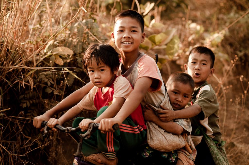Aider des enfants dans le besoin en Thailande